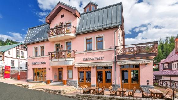 Hotel Grand, Spindlermühle, Tschechien, Außenansicht