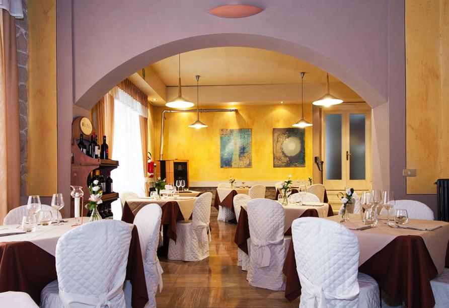 Hotel Monti San Baronto, Restaurant