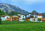 Landhotel Maiergschwendt, Außenansicht Sommer
