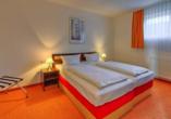Sport- & Vital-Resort Neuer Hennings Hof in Perleberg, Beispiel Schlafzimmer im Appartement