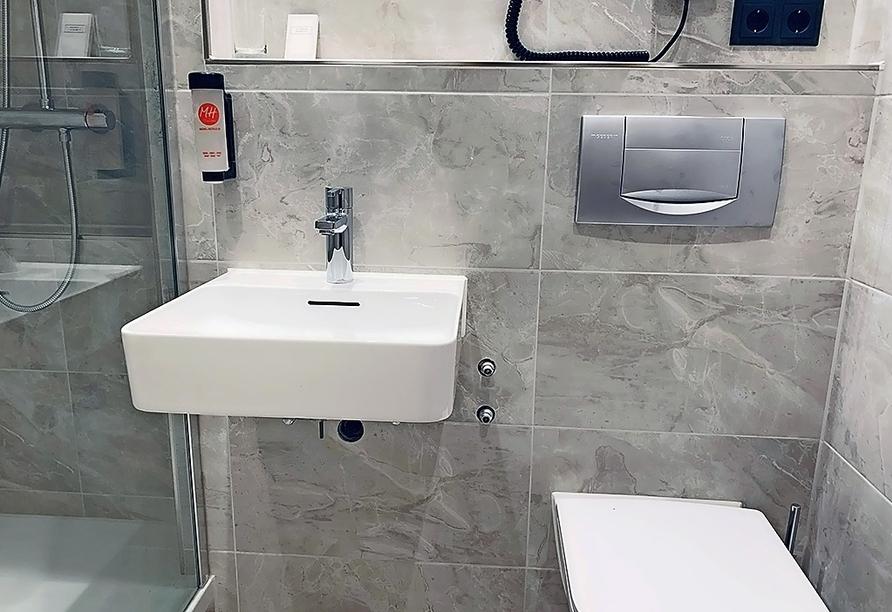 Beispiel eines Badezimmers im Michel & Friends Hotel Waldkirchen