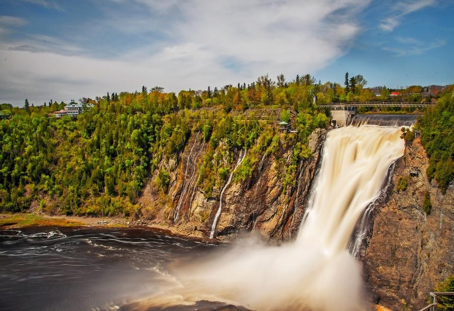 Kanadas Highlights von Ost nach West, Montmorency Falls