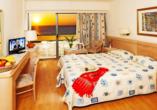 Beispiel eines Doppelzimmers mit Meerblick im Hotel Oceanis