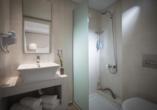 Beispiel eines Badezimmers im Mari Kristin Beach Hotel