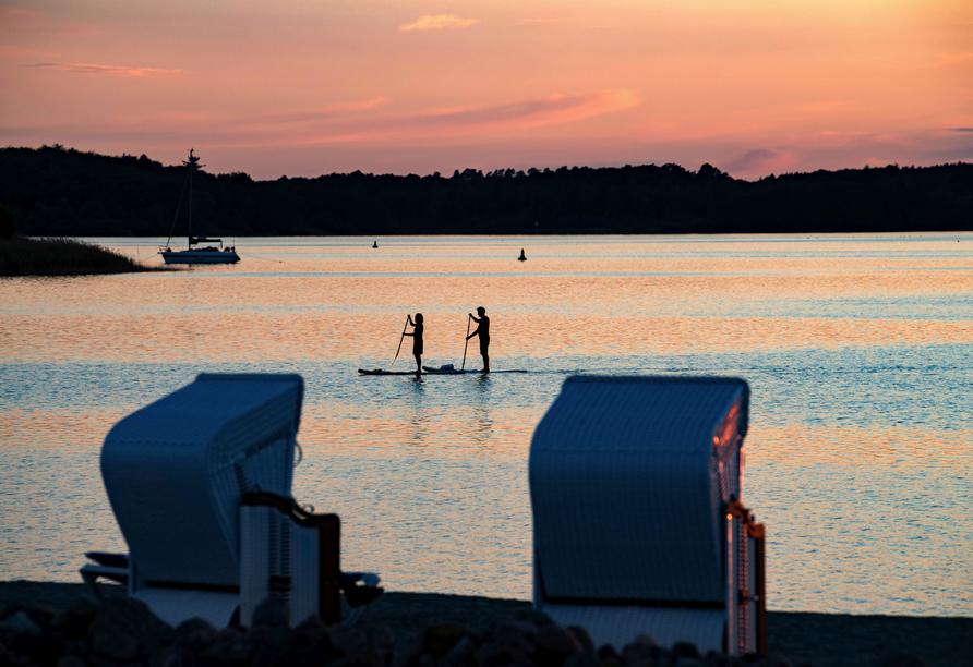 Genießen Sie vom Strandkorb aus entspannt den Sonnenuntergang!