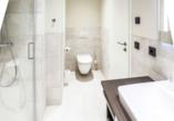 Beispiel für ein Badezimmer in der Fortuna Suite Landseite.