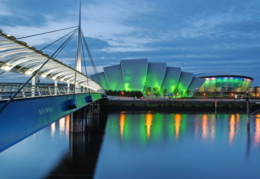 Glasgow erwartet Sie mit beeindruckenden Bauwerken und einer faszinierenden Industrie-Geschichte.