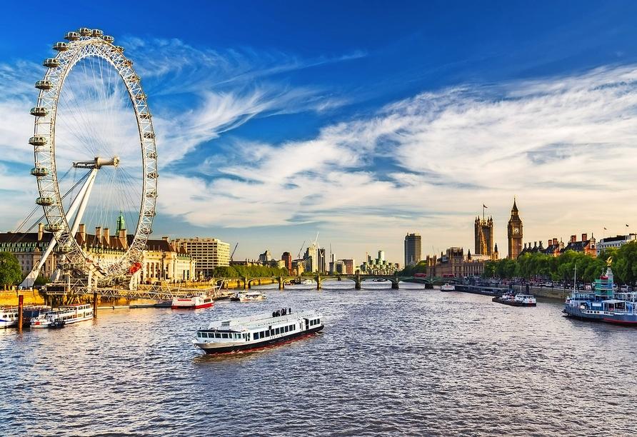 Während Ihres Aufenthaltes in London erwartet Sie auch eine kleine Bootsfahrt auf der Themse.