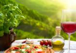 Tauchen Sie während Ihrer Reise auch in das kulinarische Italien ein.