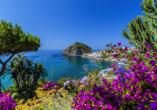 Ischia ist eine kleine Insel mit einer großartigen Landschaft.
