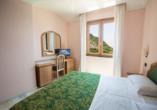 Beispiel eines Doppelzimmers Standard vom Hotel Terme Saint Raphael