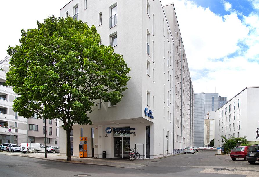 Außenansicht vom Best Western Hotel am Spittelmarkt in Berlin.