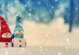 Hotelferienanlage Friedrichsbrunn, zwei Schneemänner mit Zipfelmützen