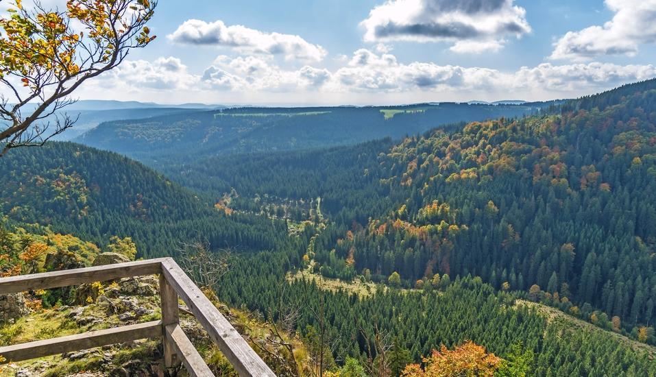 AHORN Harz Hotel Braunlage, Hahnenkleeklippe mit Blick nach St. Andreasberg