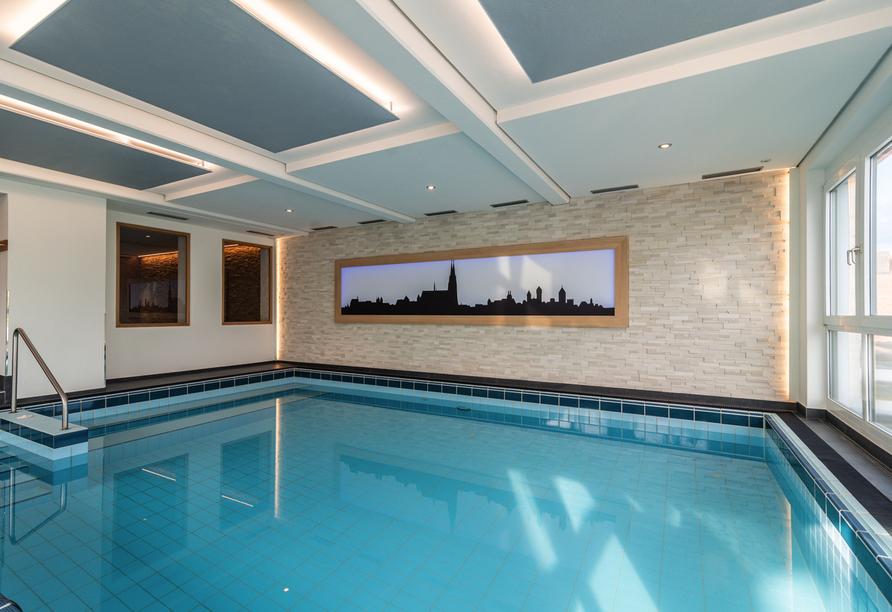 Freuen Sie sich auf das schöne Hallenbad des Hotels.