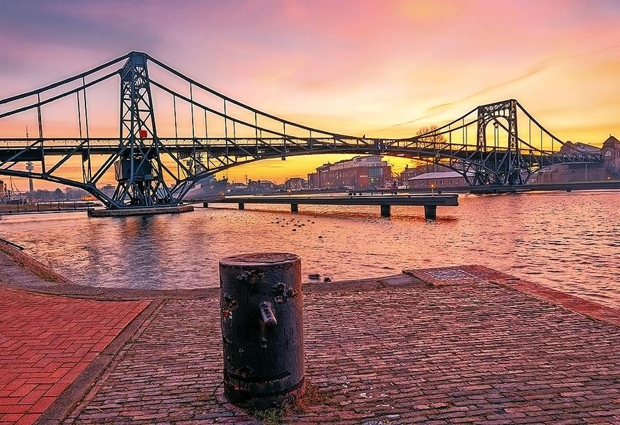 Besuchen Sie die schöne Hafenstadt Wilhelmshaven.