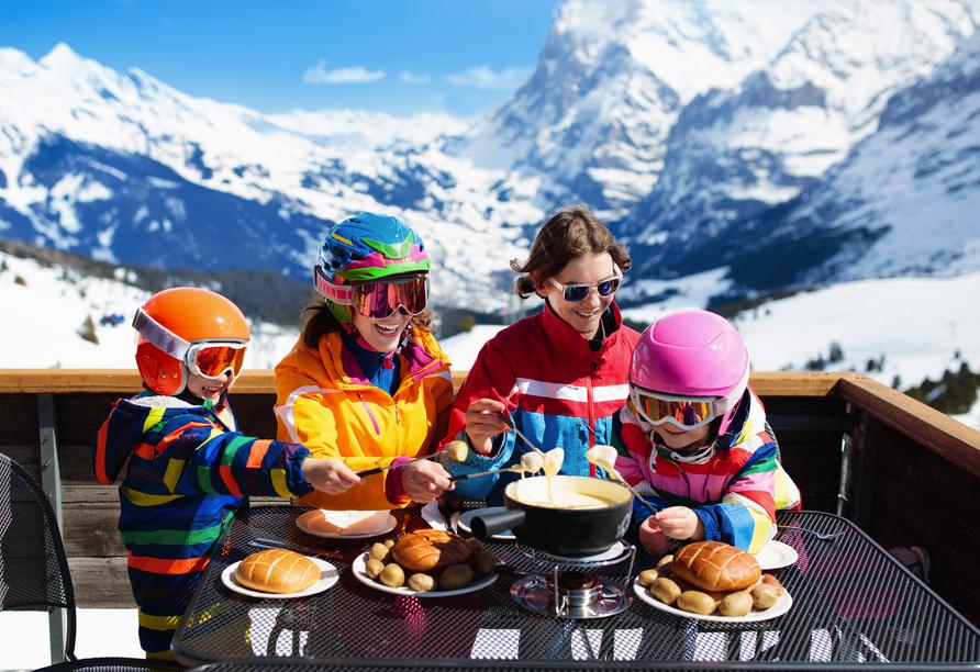 Hotel Belvédère, Wengen, Schweiz, Familie im Skiurlaub