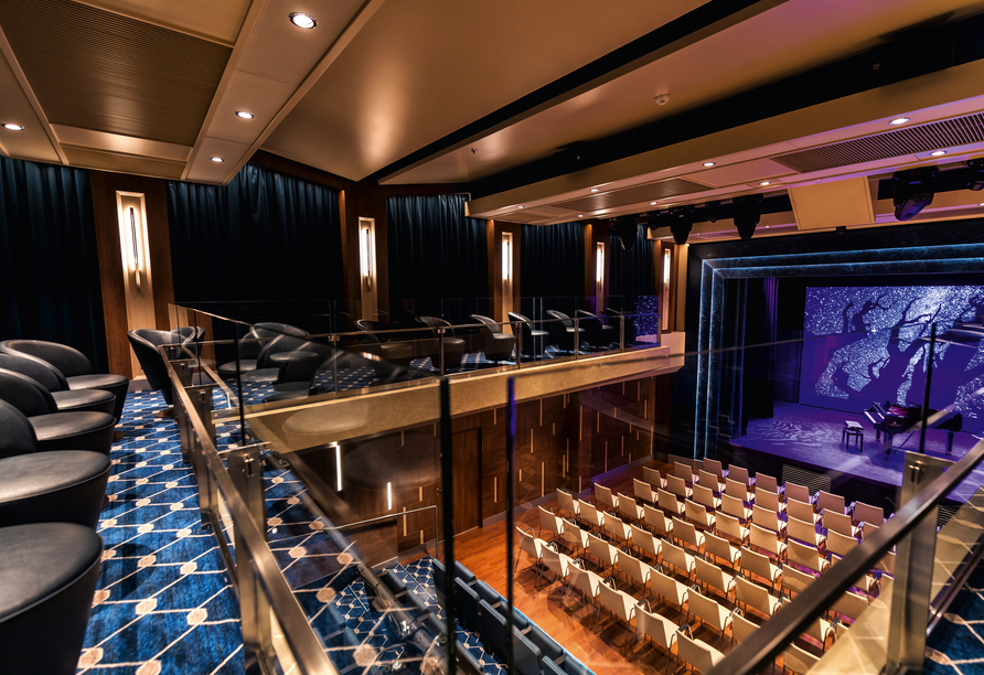 Mein Schiff 1, Theater