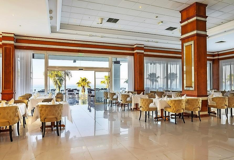 Restaurant im Constantinos the Great Beach Hotel