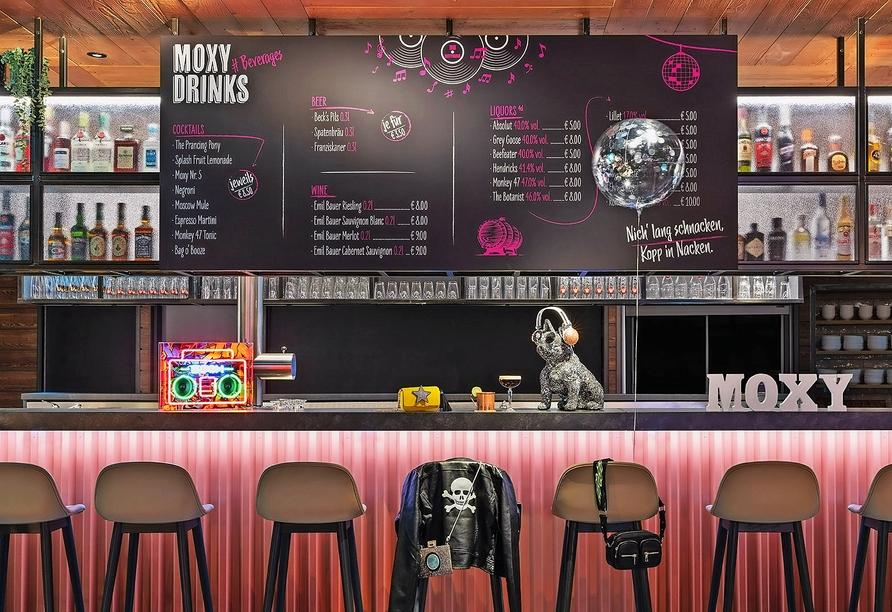 Hotel Moxy Hamburg City, Bar