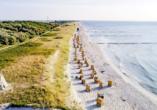 Genießen Sie entspannte Tage am schönen Ostseestrand.