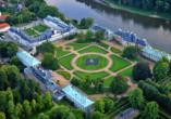 Luftaufnahme von Schloss Pillnitz.