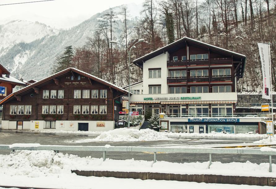Hotel Weisses Kreuz in Brienz, Außenansicht