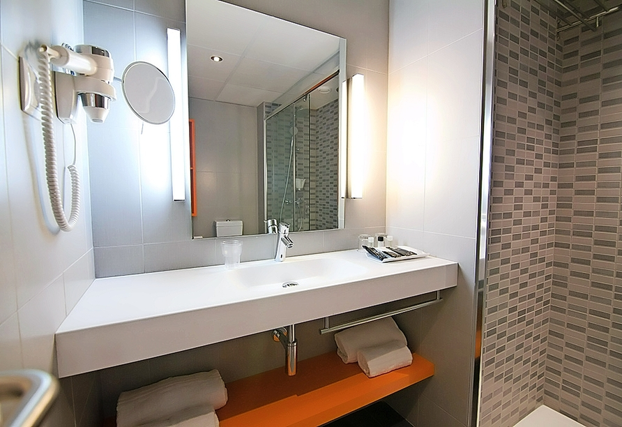 Beispiel eines Badezimmers im Hotel Estival Centurión Playa in Cambrils