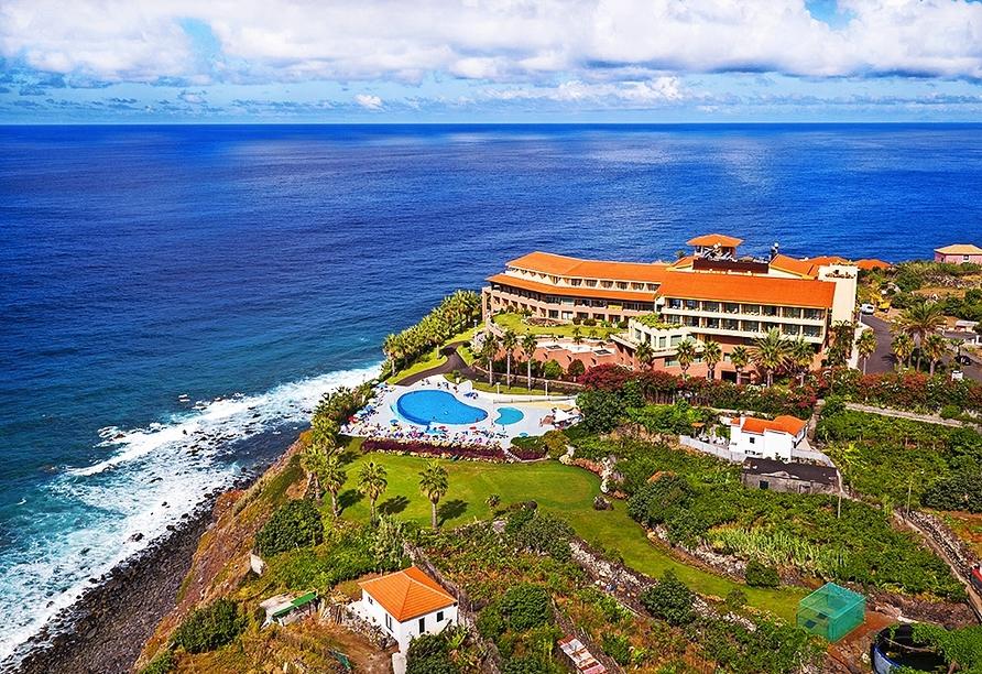 Das Hotel Monte Mar Palace empfängt Sie auf einer Klippe, direkt am Meer.