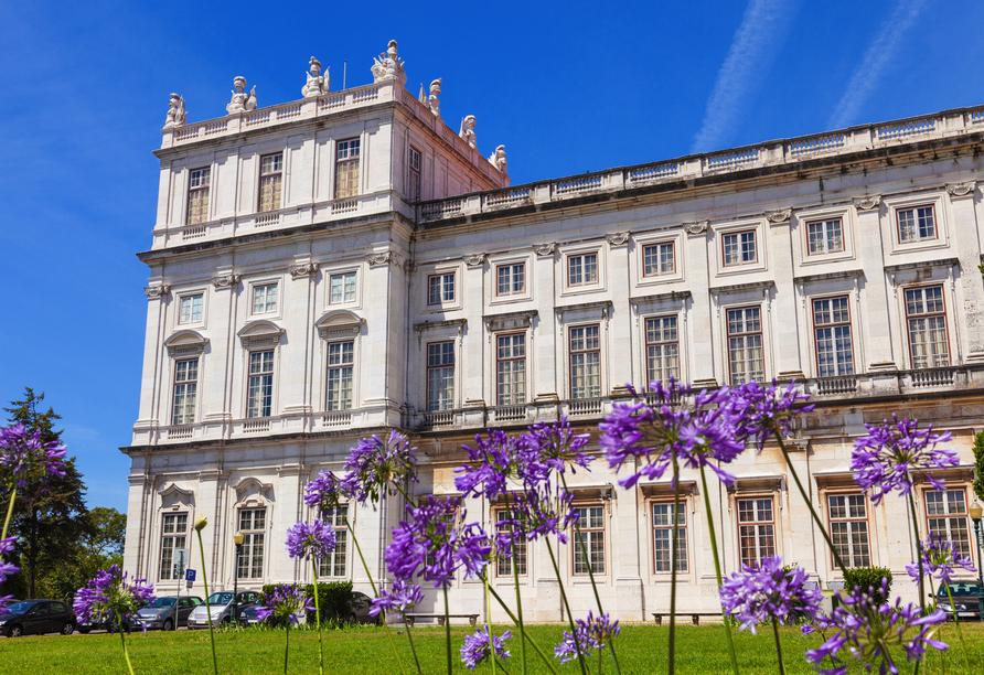 Der Eintritt für den Stadtpalast Palácio Nacional de Sintra ist für Sie bereits inkludiert.