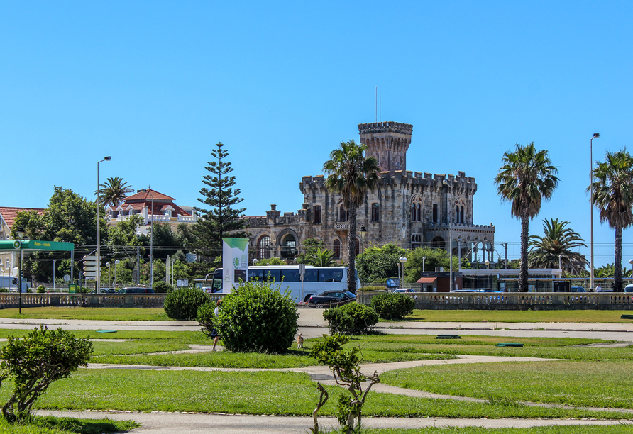 Bestraunen Sie die Gärten des Estoril Casinos, das erste Caison Europas.