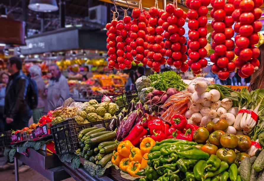 Während Ihres Ganztagesausflugs an die Nordküste besuchen Sie einen typischen Wochenmarkt.
