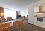 HSH Hotel Apartments Mitte Berlin, Zimmerbeispiel mit Küchenzeile