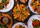 Die spanische Küche ist berühmt für ihre schmackhaften Tapas.