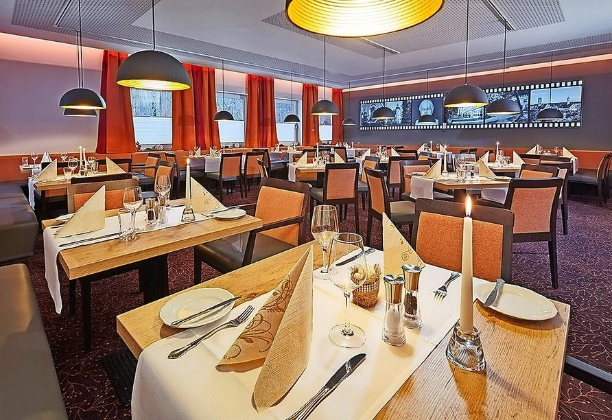 Lassen Sie sich im Restaurant des Vitalhotels Sonneck kulinarisch verwöhnen.