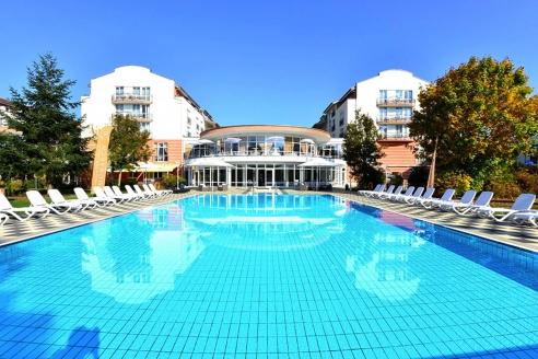 The Monarch Hotel, Außenpool