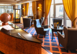 The Monarch Hotel, Lobby