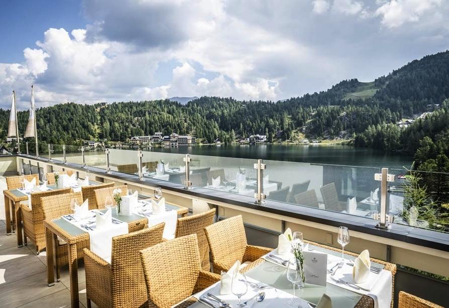 Panorama Hotel Turracher Höhe in Ebene Reichenau, Österreich, Sonnenterrasse
