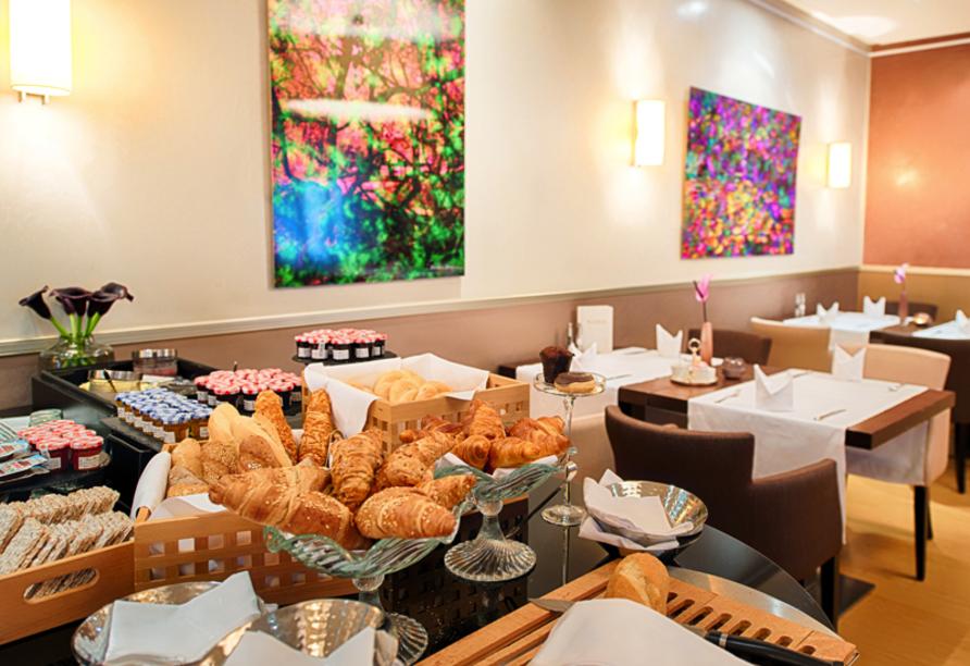 Alden Suite Hotel Splügenschloss Zürich, Schweiz, Frühstücksbuffet