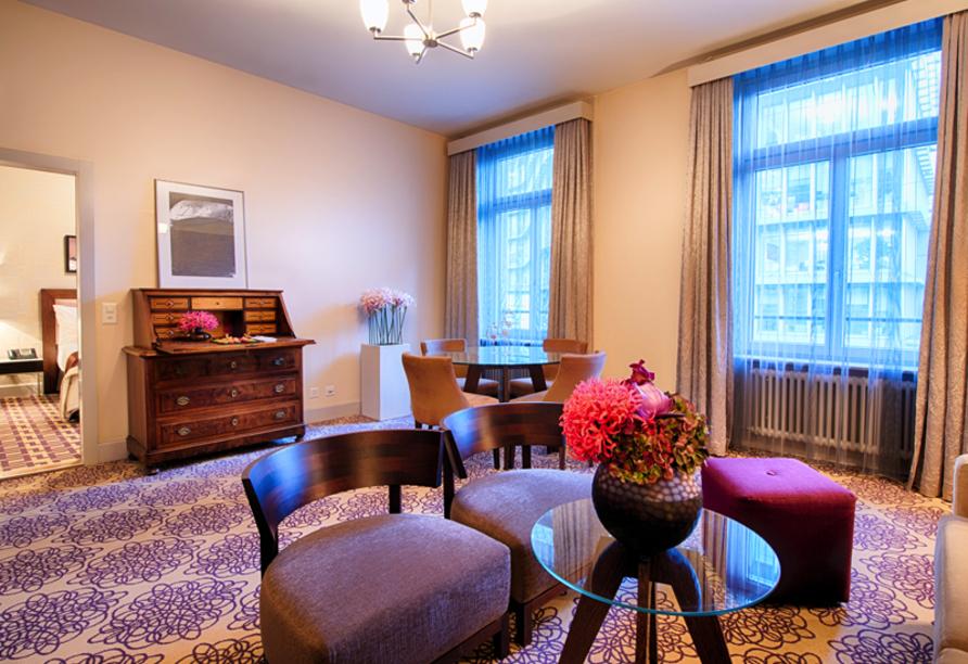 Alden Suite Hotel Splügenschloss Zürich, Schweiz, Zimmerbeispiel