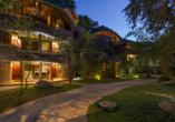 Außenansicht der schönen Anlage vom Beispielhotel Grand Udawalawe Safari Resort