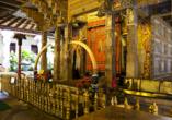 Willkommen im berühmten Zahntempel, wie der Sri Dalada Maligawa auch genannt wird.