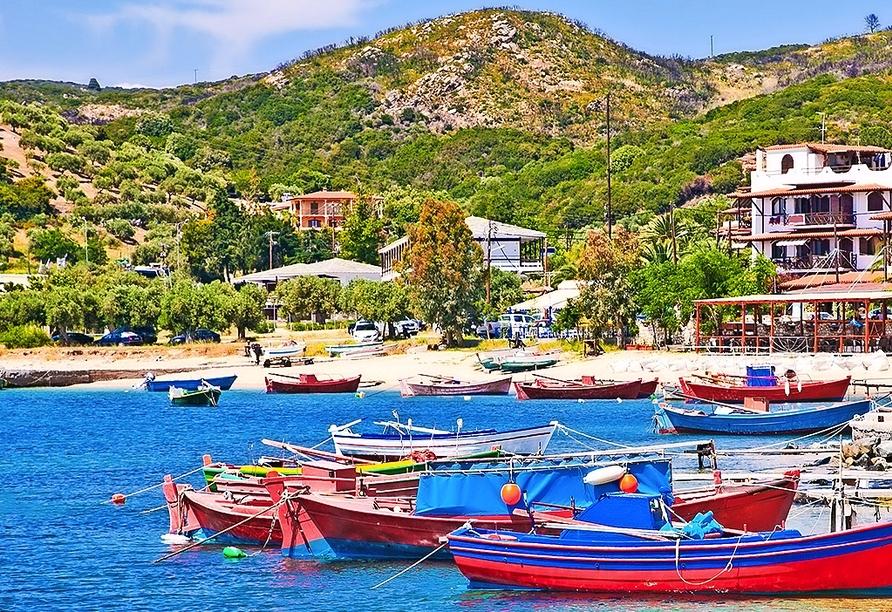 Dem kleinen Fischerdorf Ouranoupolis statten Sie ebenfalls einen Besuch ab.
