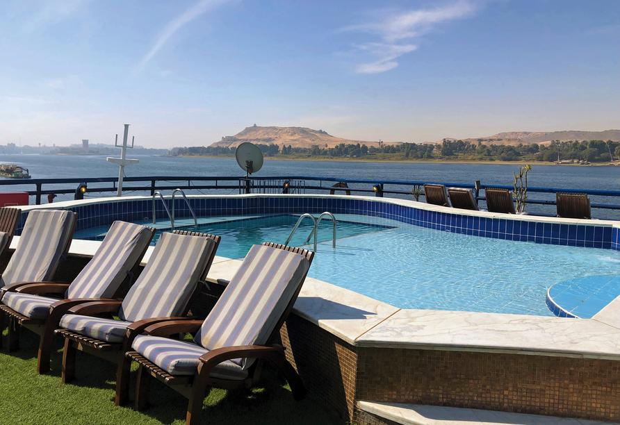 Entdeckerreise Nil, Pool