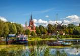 Während der Rundreise fahren Sie auch durch die zauberhafte Inselstadt Werder.