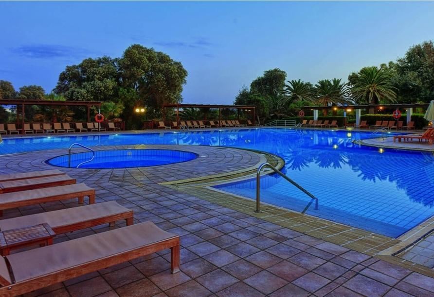 Hotel Apollonia Beach Resort & Spa in Amoudara, Außenpool