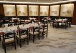 Hotel Apollonia Beach Resort & Spa in Amoudara, Restaurant Al Capone