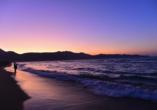 Hotel Apollonia Beach Resort & Spa in Amoudara, Strand Sonnenuntergang