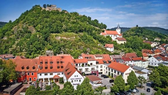 Willkommen im Urlaubsort Donaustauf!