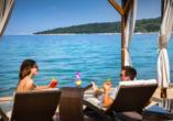 Hotel Aminess Veya in Njivice, Kroatien, Strand